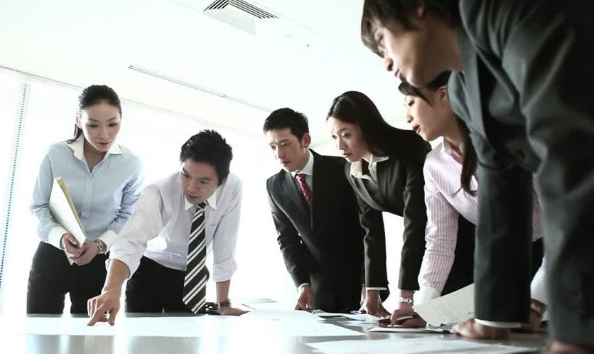 225170388-tokoname-planting-business-meeting-profile.jpg